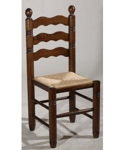 Silla de madera de pino RUS, asiento enea, barnizado nogal