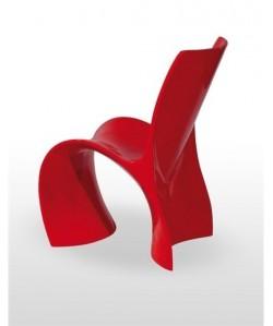 Silla de diseño MONTANO polipropileno rojo.