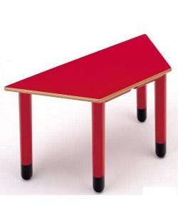 Mesa trapezoidal 405, de 120x60x55 cms, altura 46 o 52 cms.