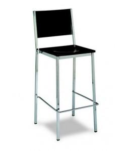Taburete Rf. 3155385,  cromado, asiento y respaldo de madera barnizada