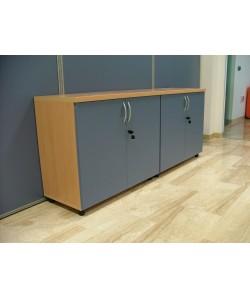 Armario bajo de puertas y cerradura, color a elegir, 90x43x76 cms. Color a elegir.